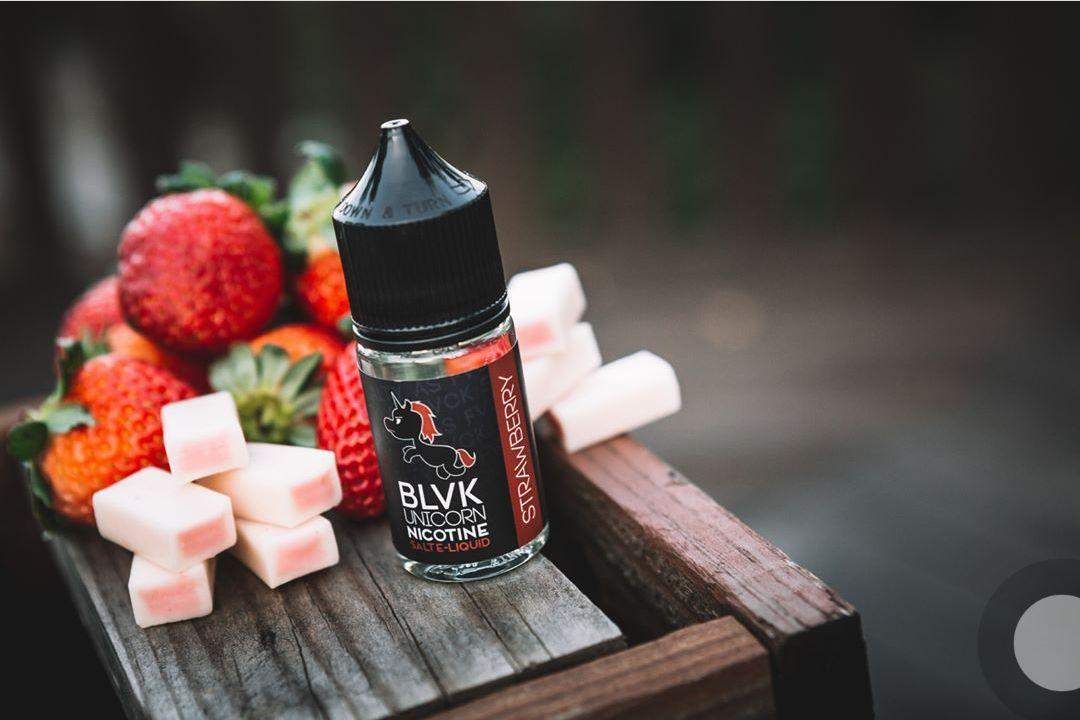 BLVK STRAWBERRY NICOTINE SALT E-LIQUID 30ML
